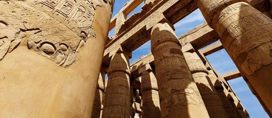 Symbole Egiptu-Nil i Piramidy