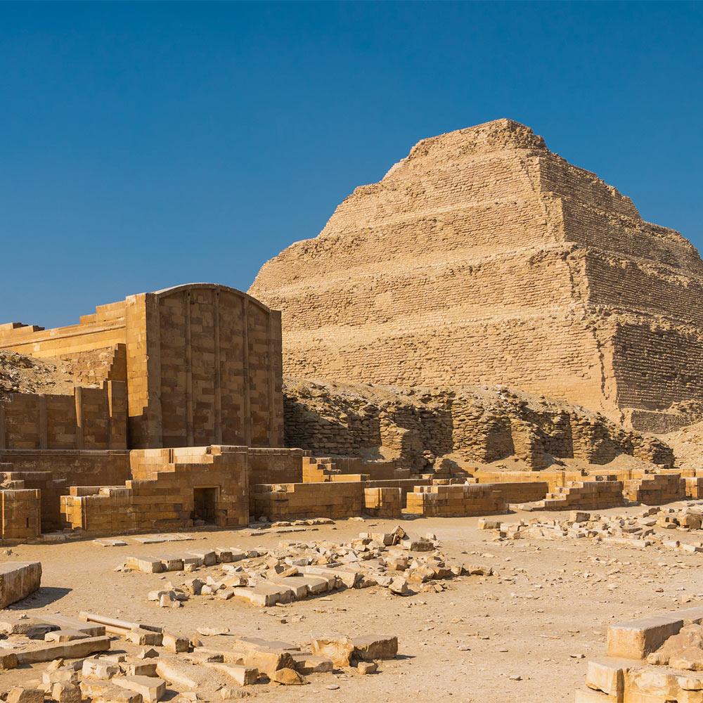 Пирамиды в Саккаре
